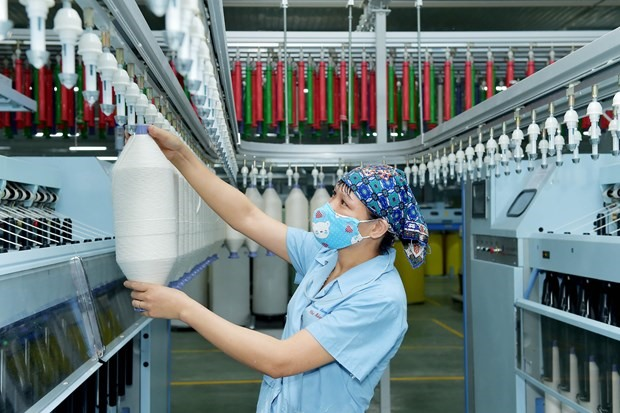 VN apparel industry suffers due to lack of competitive dyeing fabric segments