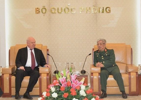 Deputy Defence Minister hosts Russian Ambassador