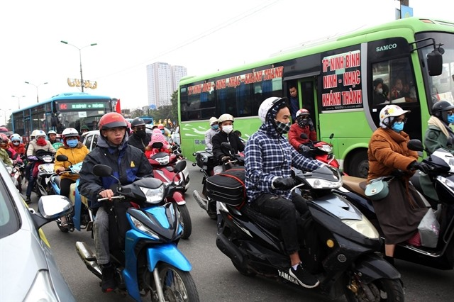 Hà Nội coach stations propose extending opening hours