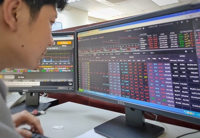 VN-Index plunges 6.3 per cent on worst day in 19 years