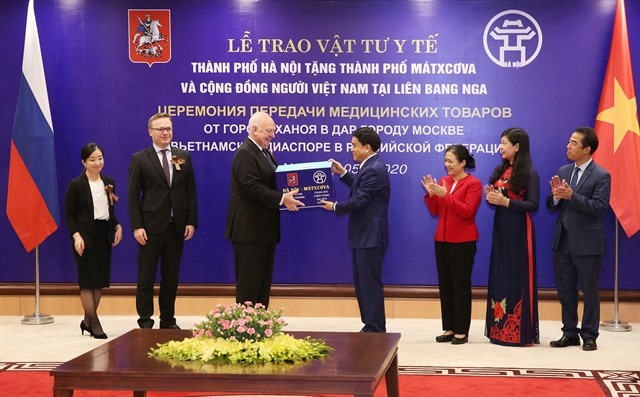 Hà Nội provides medical supplies to help Moscow cope with COVID-19