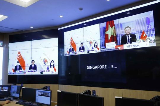 Top Vietnamese Singaporean legislators hold online talks