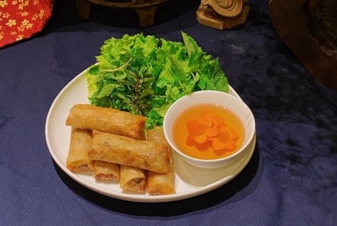 Crispy vegetarian spring rolls