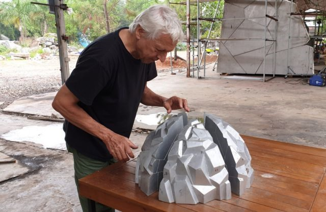 French sculptor realises dream in Việt Nam