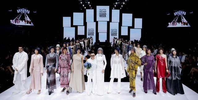 VN Intl Fashion Week opens in HCM City