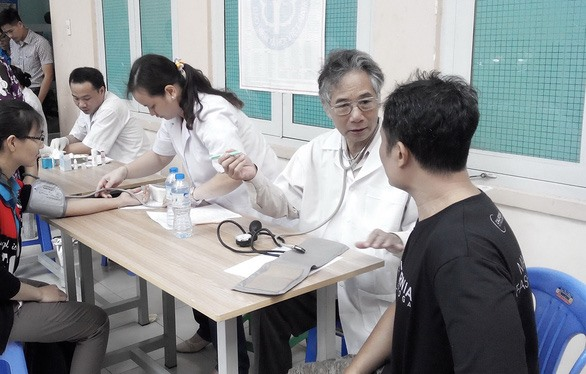 Retired doctor offers free healthcare services to the poor