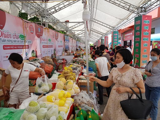 Vietnamese food producers should embrace changing trends to survive