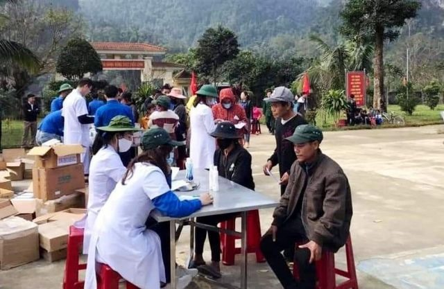 Tết gifts help impoverished people in Quảng Bình enjoy holiday