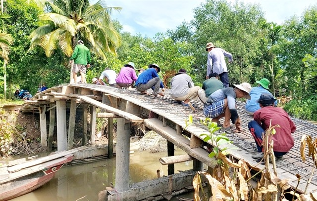 Community lend a hand improving transport system in Cần Thơ