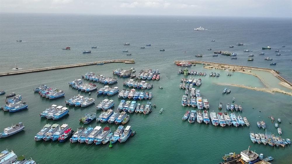 Fighting illegal fishing