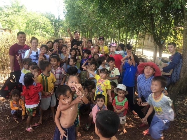 Christmas charityproject targets poor kids in Tây Ninh Province