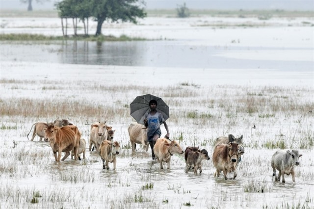 More than a million hit by India monsoon floods