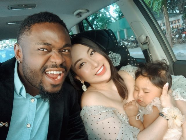 Nigerian man finds internet fame and happy family in Việt Nam