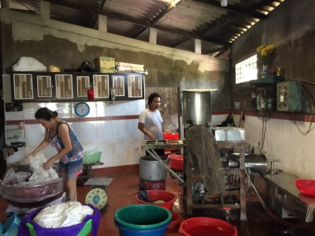 Common production hub may solve noodle-making villages waste problem