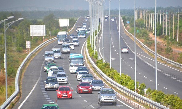 Transport Ministry okays Long Thành expressway expansion