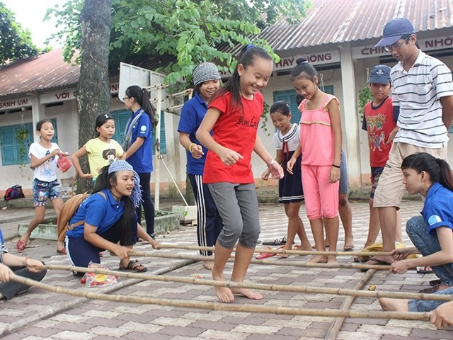 Summer volunteers organise activities for disadvantaged children