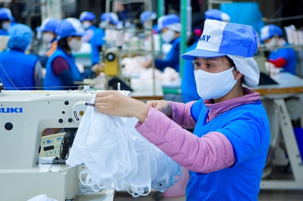 Việt Nam exports 1.37 billion medical masks in 2020