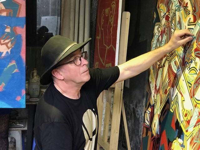 British artist finds inspiration in VN