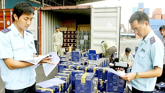HCM City continues to fight smuggling trade fraud