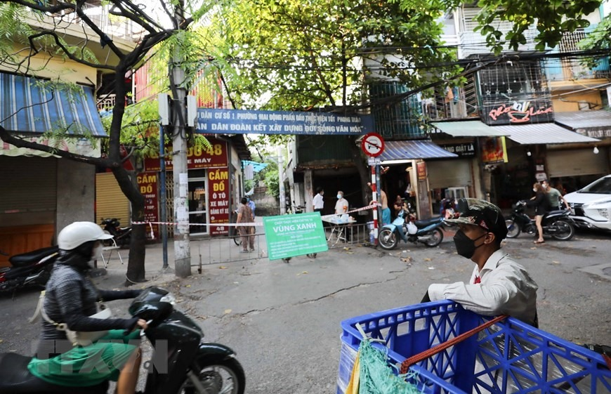 Hà Nội marks green zones COVID-free areas