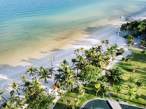 Premier Residences Phu Quoc Emerald Bay offers big promotion for new year 2019