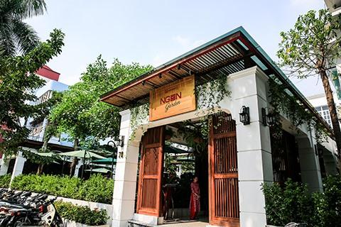 Quán Ăn Ngon restaurant re-opens