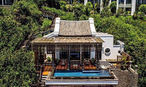 Special factors at two high-end resorts of Sun Group named in the Top 25 Leading Asian Resorts