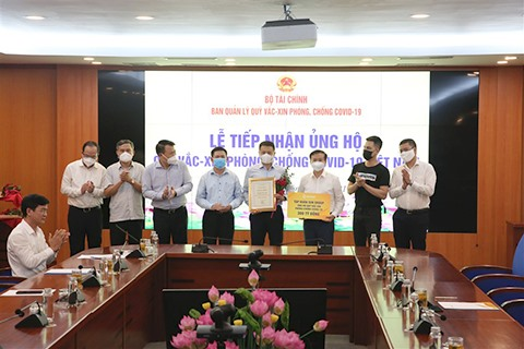 Sun Group peaks at the Top 10 of Vietnamese excellent brand awards