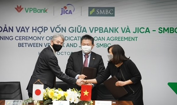 VPBank signs US100 million loan with JICA and SMBC