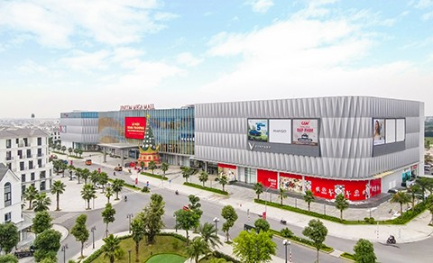 Vietnams retail market - a 200 billion USD gold mine strongly desired by international brands