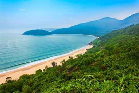 LODGIS HOSPITALITYS LONG-TERM VISION AND INVESTMENT STRATEGY FOR VIET NAMS TOURISM MARKET