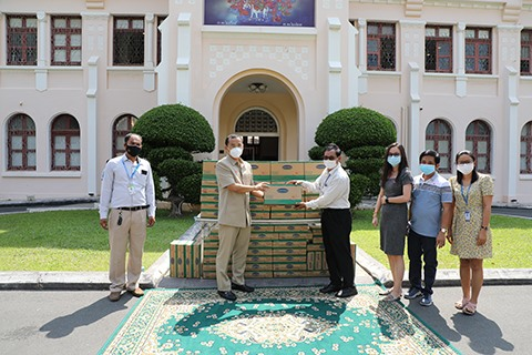 Angkormilk presents 48000 milk cartons to victims of COVID-19 outbreak in Cambodia