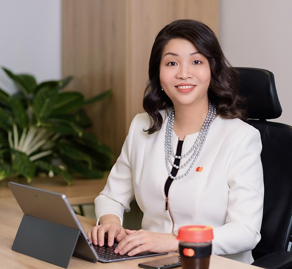 Mastercards Winnie Wong discusses Việt Nams current transition from a cash-tied to a cashless country