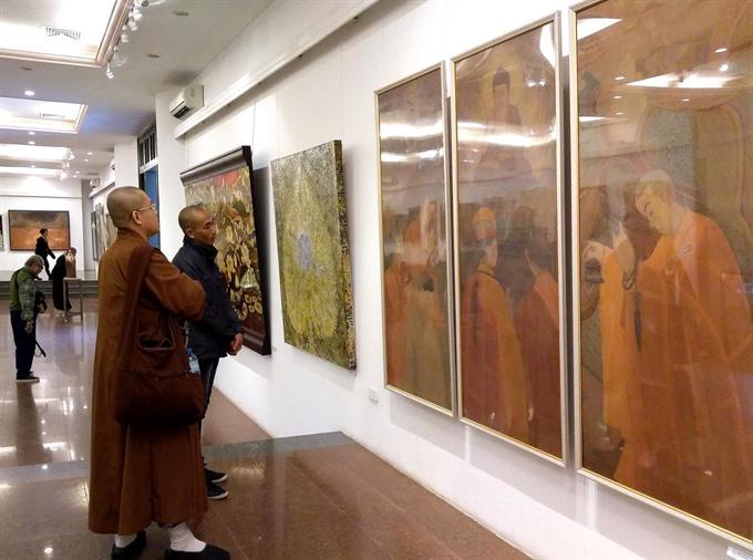 Fine arts exhibition greets Buddhism Congress
