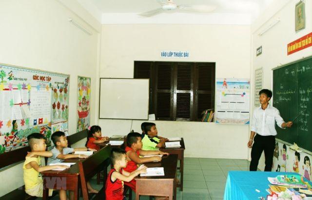 Teachersdevoted to education of island students
