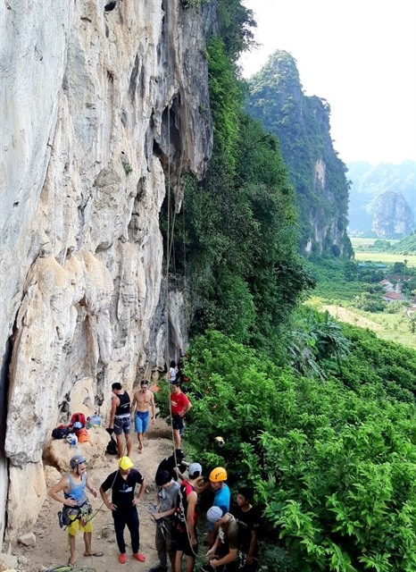 Yên Thịnh offers fresh challenge for mountain climbers