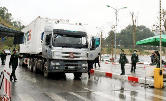 Wuhan virus outbreak strikes Việt Nams economy hard