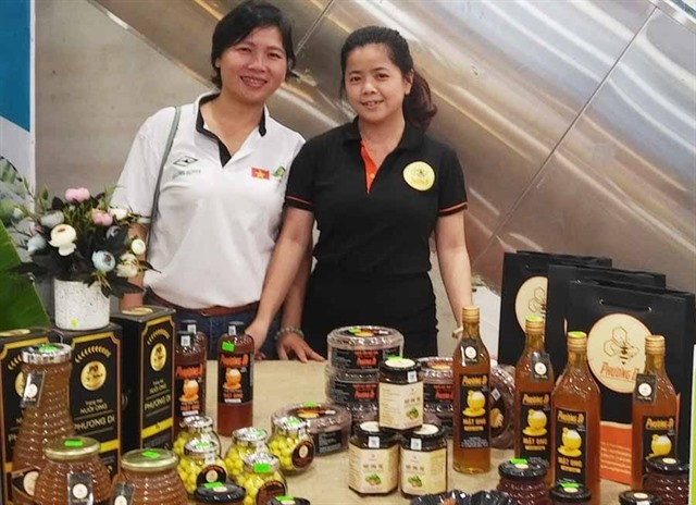 Sweet start-up brings Central Highlands honey to the world