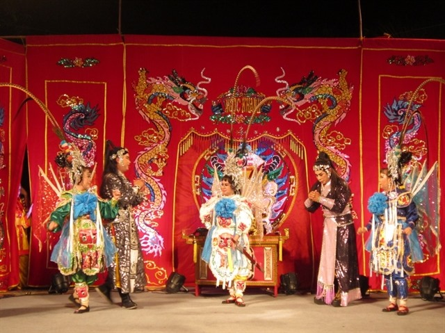 Hát bội club spreads traditional theatre among young people