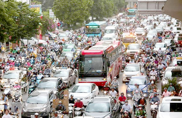 Traffic congestion still a big problem for Hà Nội