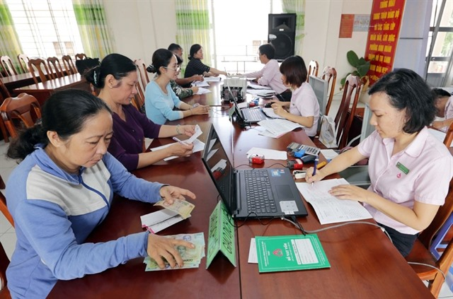 Vietnam Bank for Social Policies helps people overcome financial difficulties after social distancing period