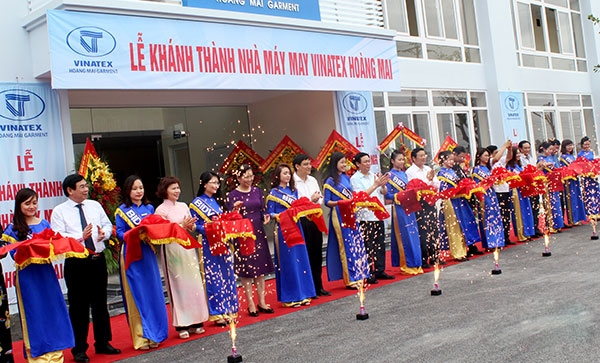 5.7m garment factory opens in Nghệ An