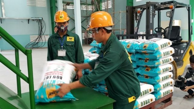 Fertiliser firms report lower earnings