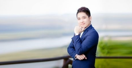 Vietnamese tenor stamps his name in European stages