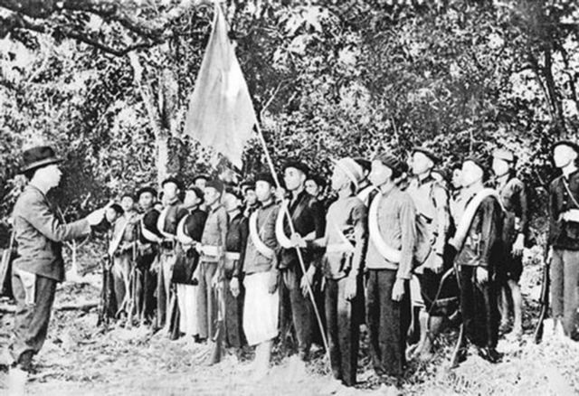 The Việt Nam Peoples Army serving faithfully during war and peace