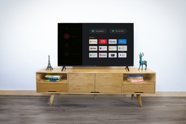 Vingroup Launches 5 First Smart TV Models