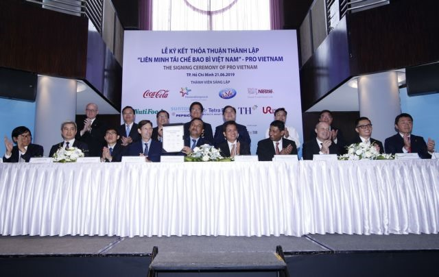 9 companies launch Packaging Recycling Organisation Vietnam