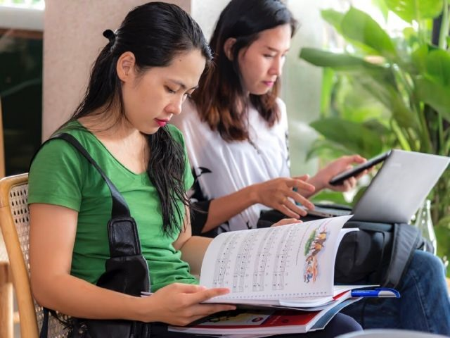 Inner Sanctum Leading publisher brings quality music books to Viet Nam