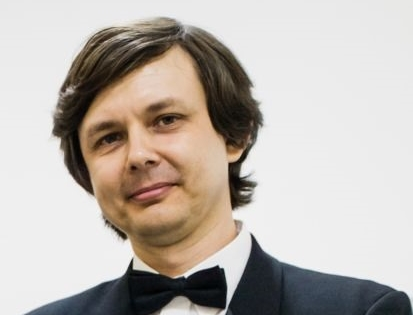 Russian pianist to perform famous works by his compatriots