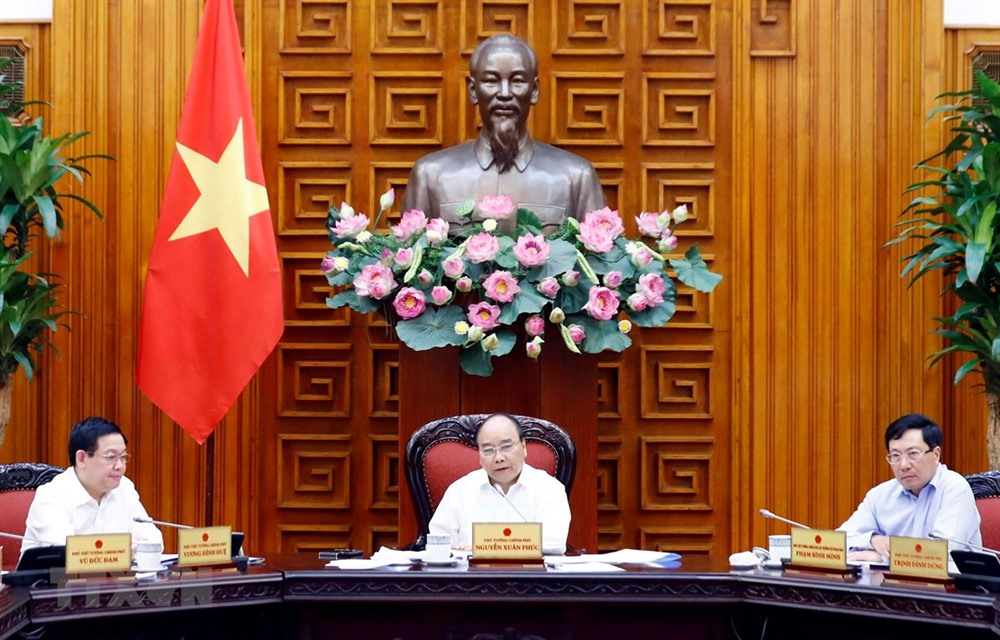 PM calls for efforts to develop key economic regions